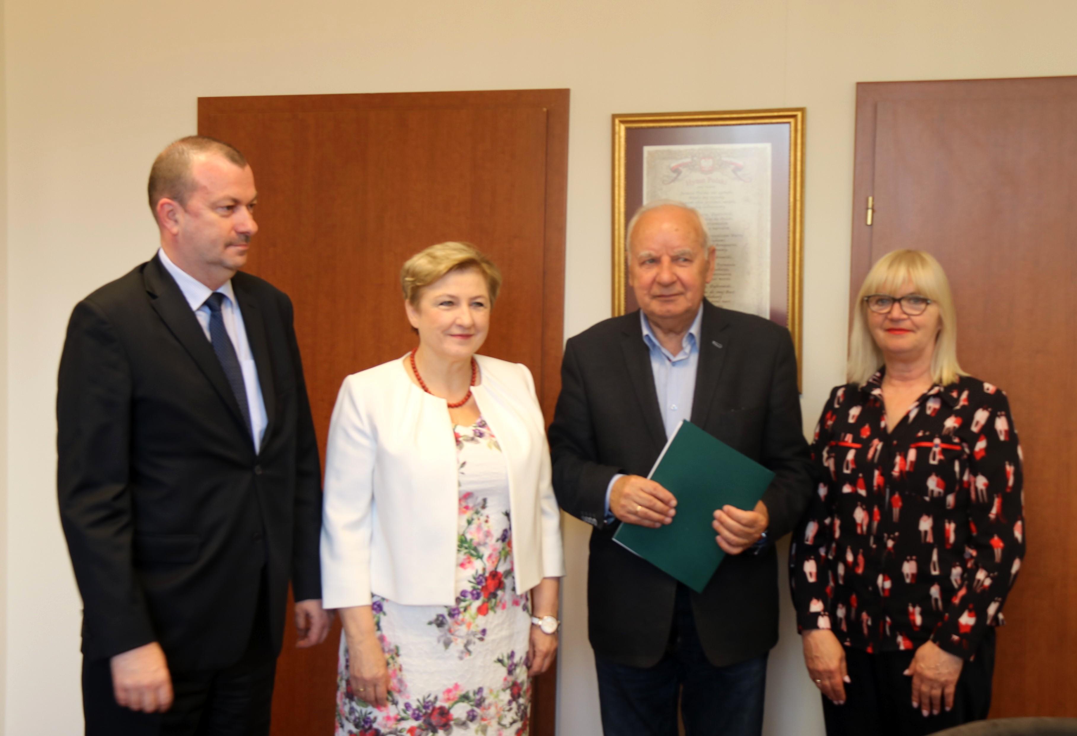 Uroczyste podpisanie umów o dofinansowanie projektów z dz. 4.3 Redukcja emisji zanieczyszczeń powietrza i dz. 5.3 Dziedzictwo kulturowe