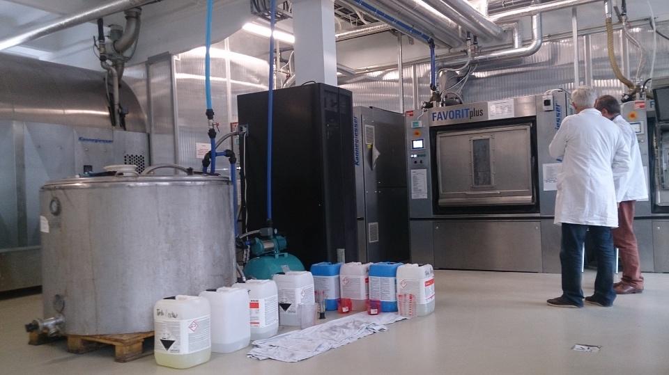 NANOWODY- nowy proekologiczny proces prania przemysłowego z zastosowaniem nanotechnologii