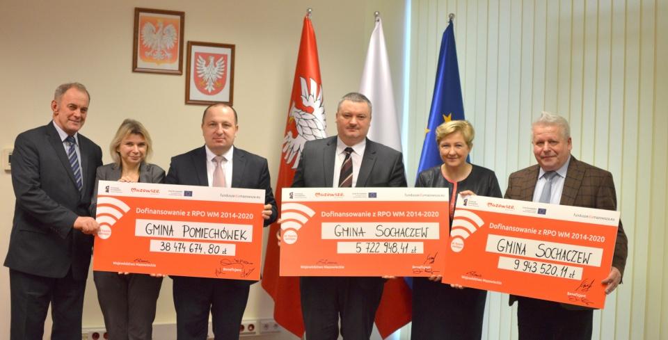 Uroczyste podpisanie umów o dofinansowanie unijne projektów z dz. 3.1 Poprawa Rozwoju MŚP na Mazowszu i dz. 4.1 Odnawialne źródła energii