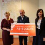 Uroczyste podpisanie umów o dofinansowanie unijne czterech projektów: dz. 4.2 Efektywność energetyczna, dz. 5.3 Dziedzictwo kulturowe i dz. 5.2 Gospodarka odpadami
