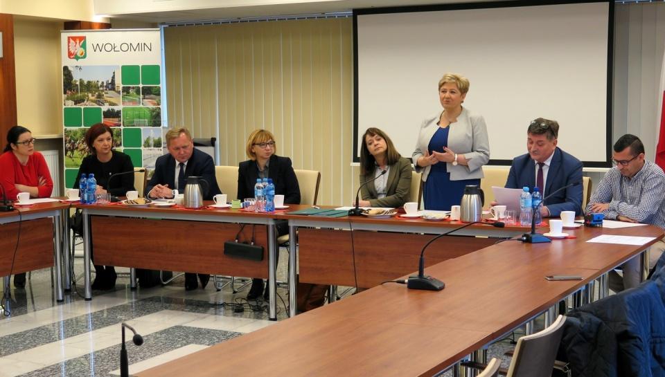 Uroczyste podpisanie umów o dofinansowanie unijne projektów z dz. 4.1 Odnawialne źródła energii, dz. 3.1 Poprawa MŚP na Mazowszu i dz. 5.2 Gospodarka odpadami