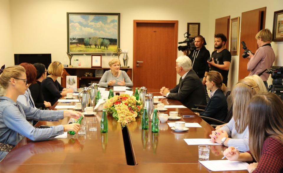 Uroczyste podpisanie umów o dofinansowanie unijne projektów z dz. 4.2 Efektywność energetyczna i 5.3 Dziedzictwo kulturowe