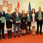 7,7 mln zł z UE na inwestycje w gminach Grodzisk Mazowiecki, Celestynów, Czerwonka i w Muzeum Romantyzmu w Opinogórze
