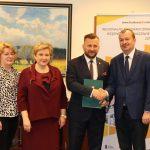 Uroczyste podpisanie umowy o dofinansowanie unijne projektu z dz. 4.3 Redukcja emisji zanieczyszczeń powietrza, dz.5.3 Dziedzictwo kulturowe i dz. 6.2 Rewitalizacja obszarów zmarginalizowanych