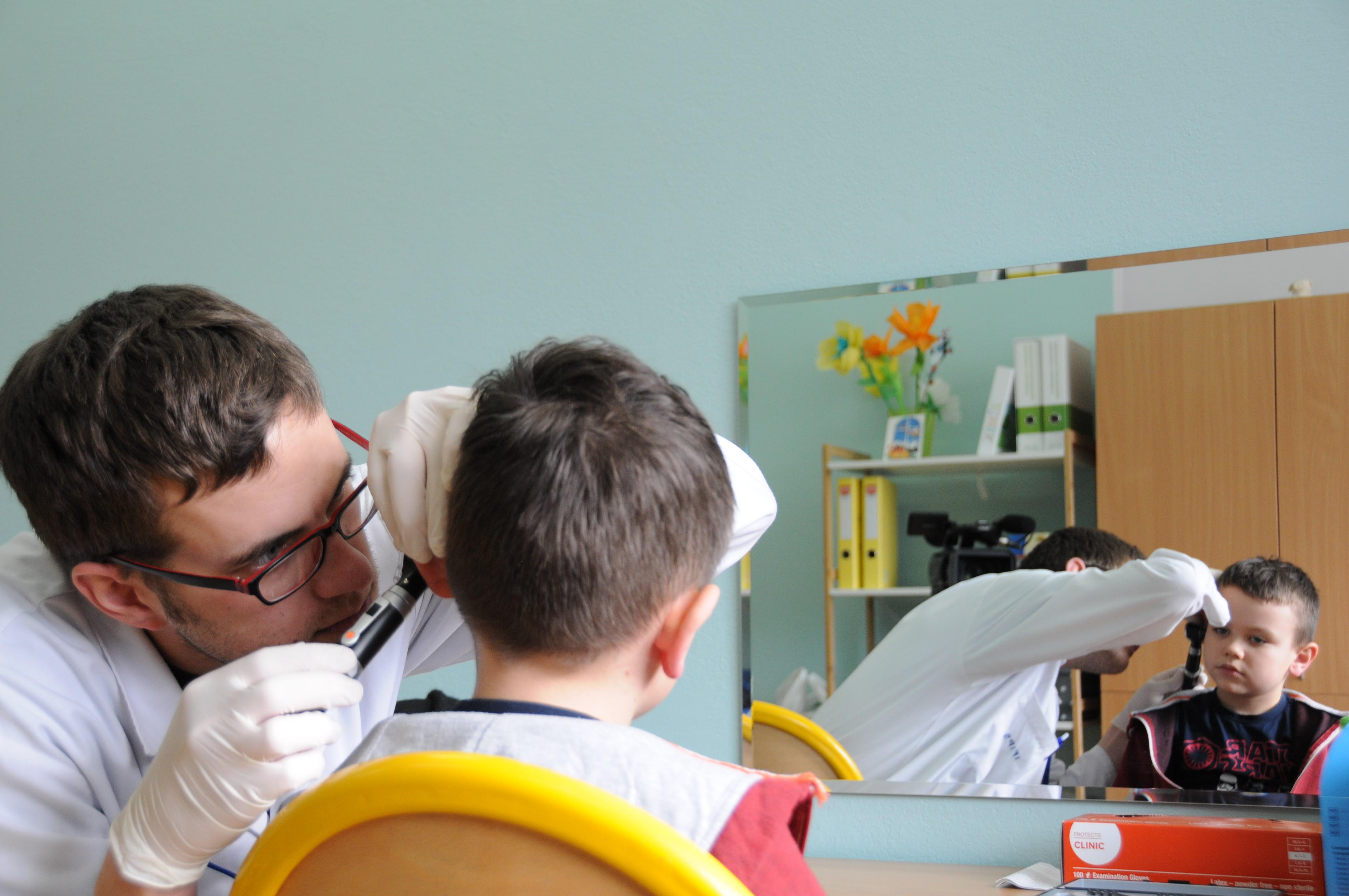 Do końca 2018 roku badania słuchu przejdzie 28 tys. pierwszoklasistów ze szkół województwa mazowieckiego