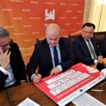 Uroczyste podpisanie umowy o dofinansowanie unijne projektu z dz. 4.3 Redukcja emisji zanieczyszczeń powietrza