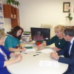 Uroczyste podpisanie umów o dofinansowanie unijne projektów z dz. 6.1 Infrastruktura ochrony zdrowia i 4.3 Redukcja emisji zanieczyszczeń powietrza
