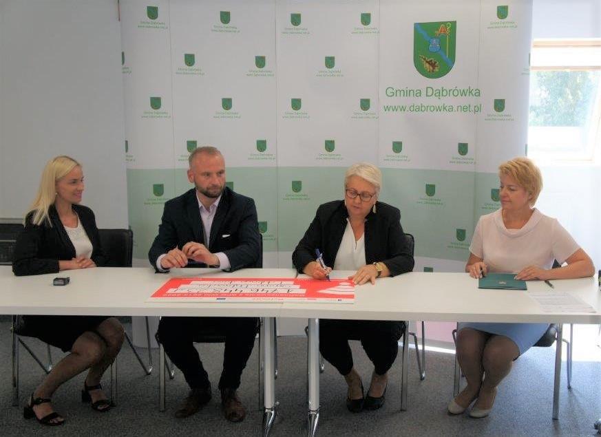 Uroczyste podpisanie umowy o dofinansowanie unijne projektu z dz. 10.1 Kształcenie i rozwój dzieci i młodzieży