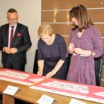 Uroczyste podpisanie umów o dofinansowanie unijne projektów z dz. 10.1 Kształcenie i rozwój dzieci i młodzieży i dz. 4.3 Redukcja emisji zanieczyszczeń powietrza